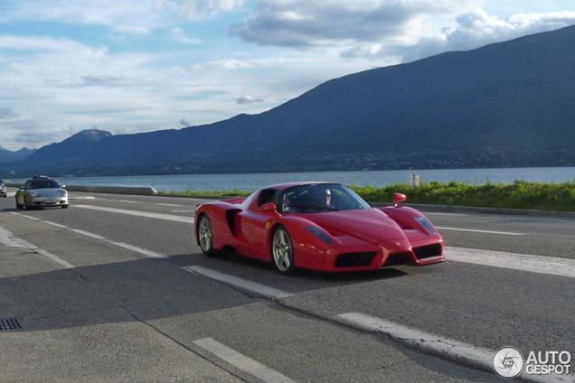 Blijft fantastisch: Ferrari Enzo Ferrari gespot in prachtige omgeving