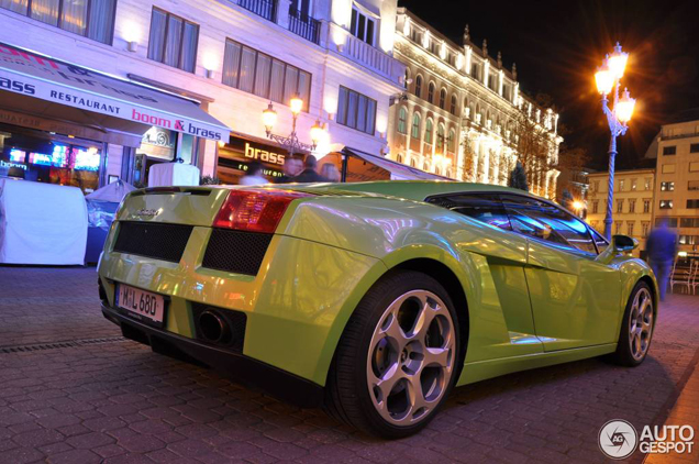 Lekker kleurtje op een Lamborghini Gallardo gespot!