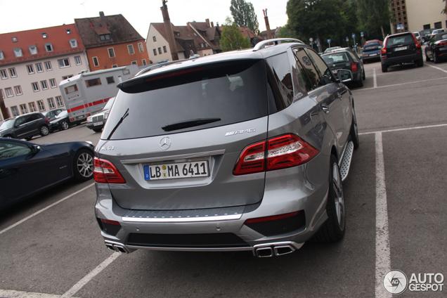 Mooi op tijd: de nieuwe Mercedes-Benz ML 63 AMG is gespot!