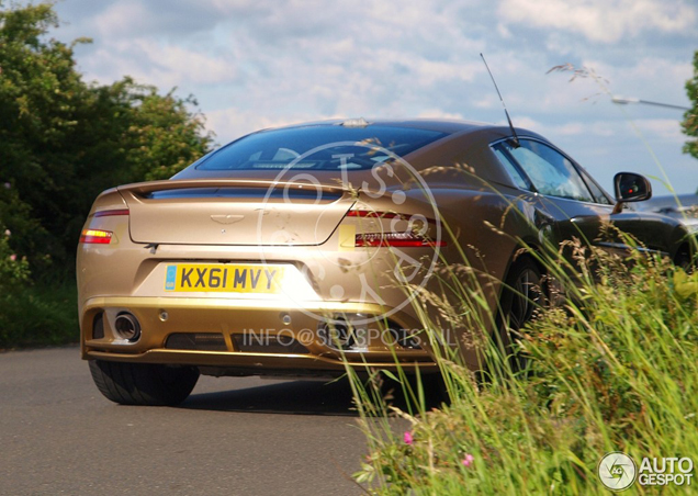 Inmiddels ook al gespot: Aston Martin Vanquish 2012