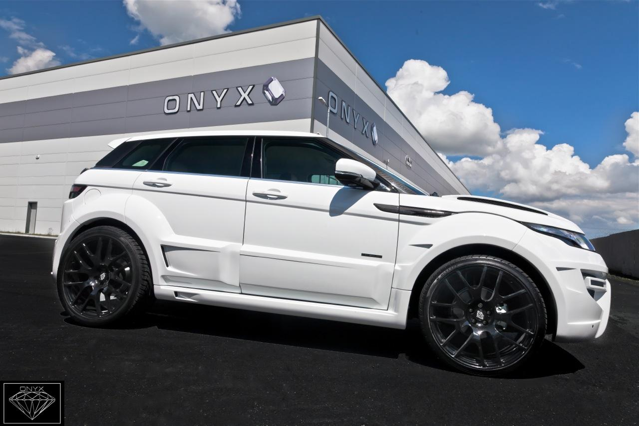 rogue edition range rover evoque von onyx concept. Black Bedroom Furniture Sets. Home Design Ideas