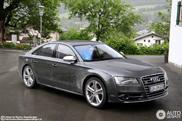 Sober in grey: The 2012 Audi S8