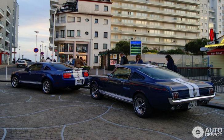Oud En Nieuw Samen Gespot Ford Mustang Shelby