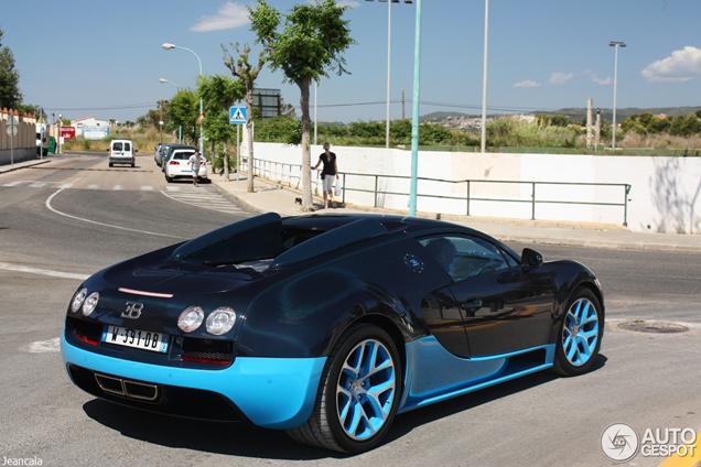 Scoop spotted: Bugatti Veyron 16.4 Grand Sport Vitesse
