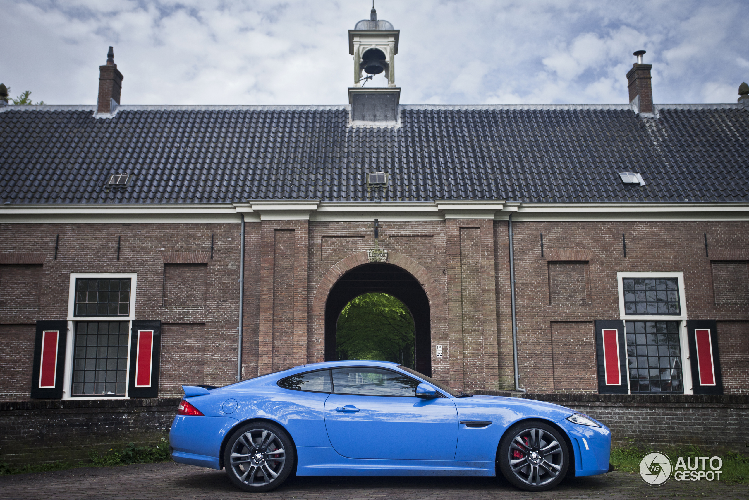 Now For Download Wallpapers Jaguar Xkr S