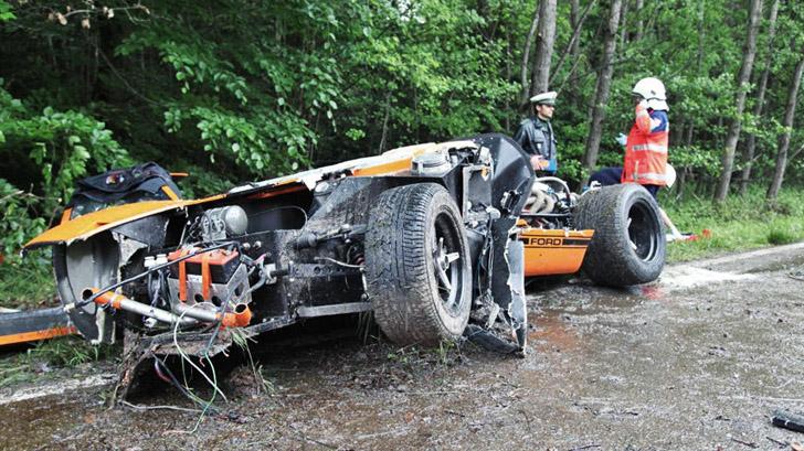 Bijrijder overlijdt na crash in Ford GT40