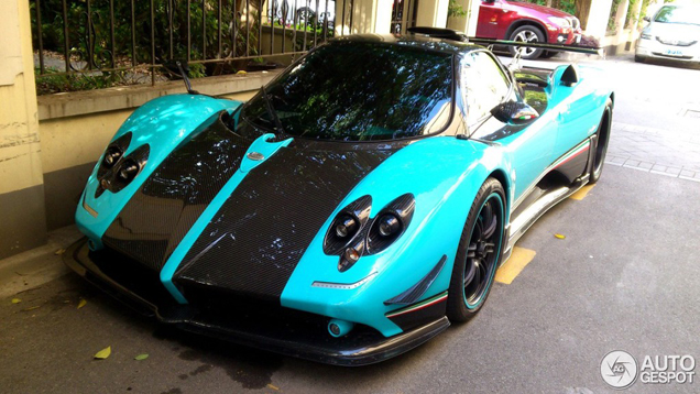 Pagani Zonda Uno is spotted in Shanghai!