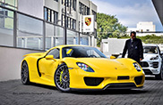 Ecco alcune foto di una Porsche 918 Spyder gialla!