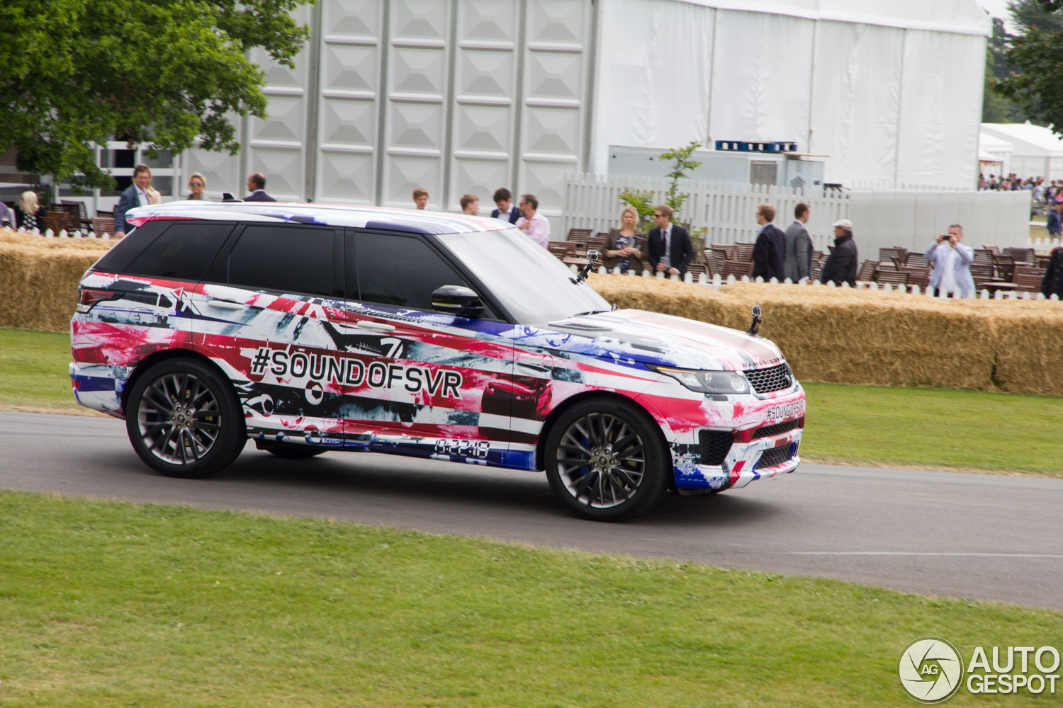 Goodwood 2014 Range Rover Sport Svr Is Impressive