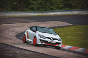 Renault Mégane R.S. 275 Trophy-R sets a new record on the Nürburgring