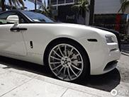 Avvistata una Rolls-Royce Wraith con cerchi Forgiato