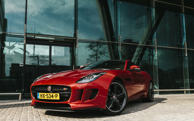 Gereden: Jaguar F-TYPE S Coupé AWD