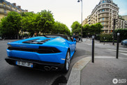 Lamborghini Huracán Spyder in den Straßen von Paris