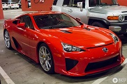 Spotted: Stunning Lexus LFA dressed in red