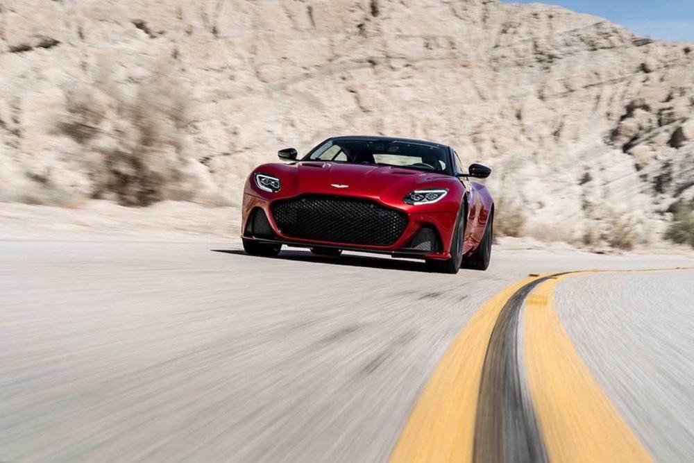Aston Martin DBS Superleggera is het helemaal
