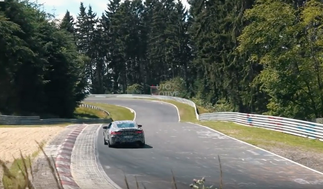 BMW M8 is being pushed to its limits!