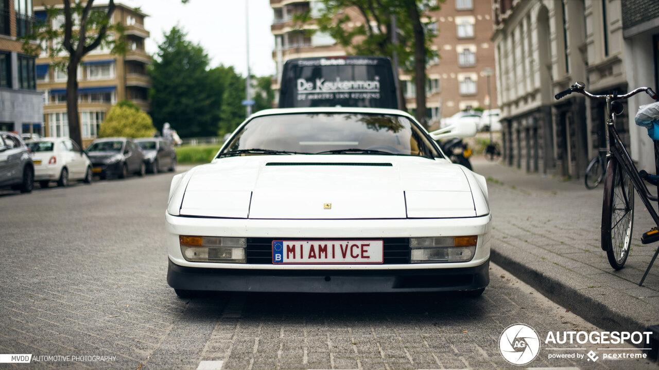 Spot van de dag: Ferrari Testarossa Monospecchio