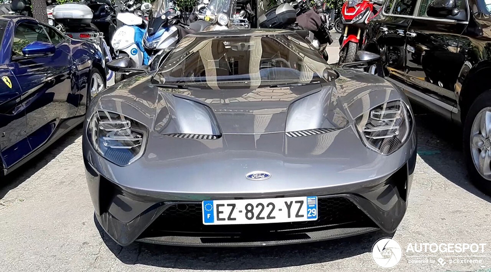 Fast Friday: Ford GT in Parijs