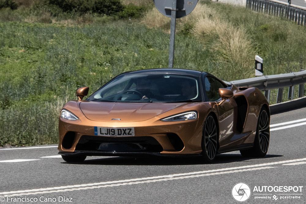 McLaren GT heeft zijn jasje uit gedaan