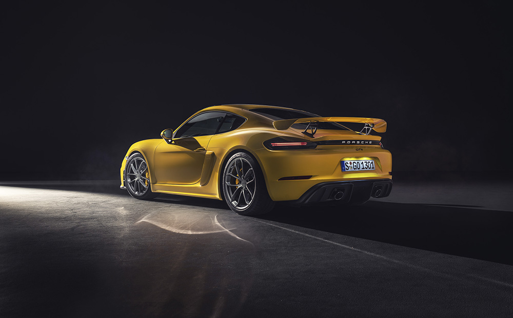 Porsche 718 Spyder and 718 Cayman GT4 with six cylinders!