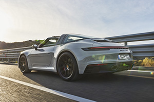 Porsche brings new 911 GTS to earth