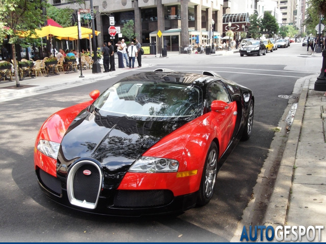 topspot bugatti veyron 16 4 in chicago. Black Bedroom Furniture Sets. Home Design Ideas