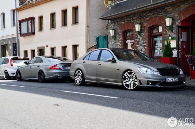 Gespot: stance Mercedes-Benz S 63 AMG