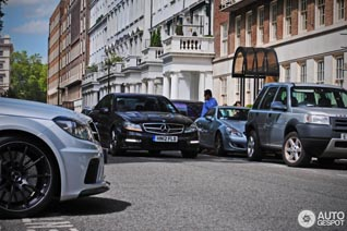 Spotted: Mercedes-Benz C 63 AMG and his stronger brother