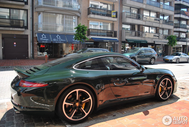 One out of twelve copies spotted: Porsche 991 Club Coupé