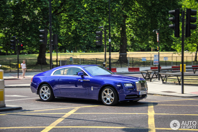 First Rolls-Royce Wraith is now spotted in London