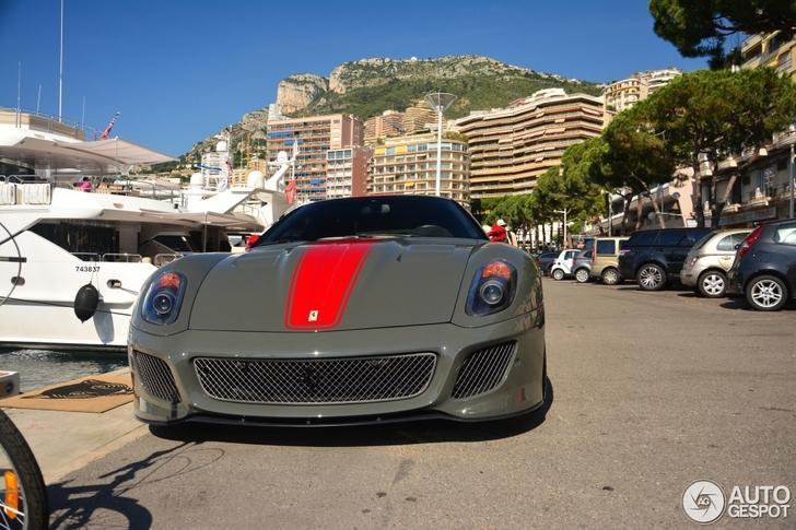 Is deze Ferrari 599 GTO niet ontzettend lekker?