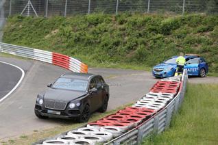 Bentley Bentayga geeft op op de Nürburgring