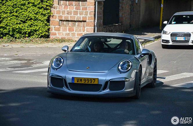 Jos Verstappen Geniet Achter Het Stuur Van De Porsche 991 Gt3 Rs