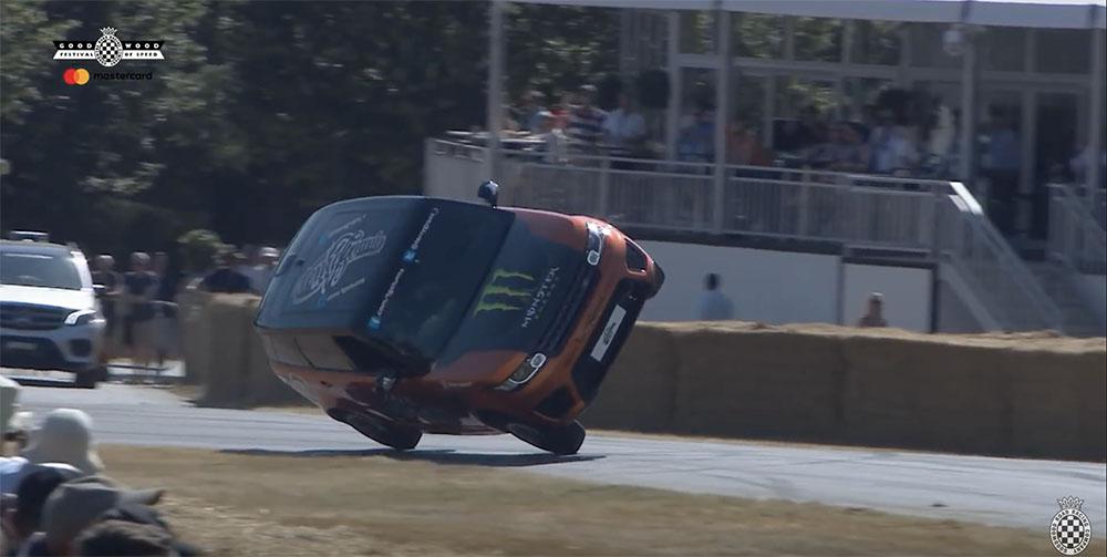 Filmpje: Range Rover Sport SVR breekt record op twee wielen