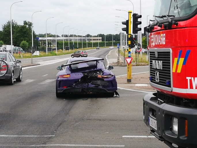 Poco Loco Porsche betrokken in ongeval