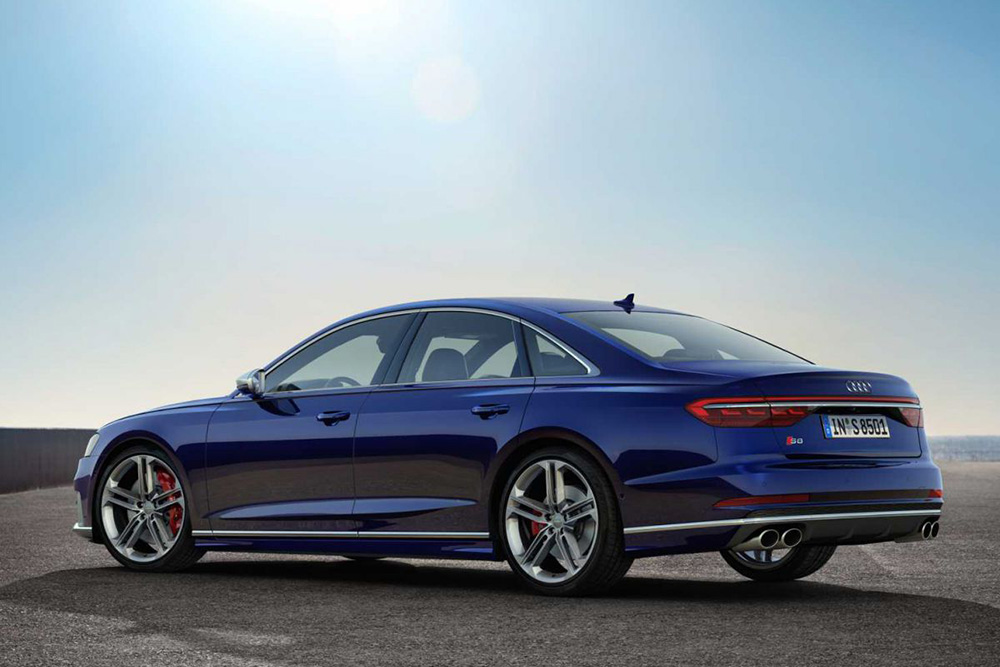 Finally! New Audi S8: V8-performance for the luxury class