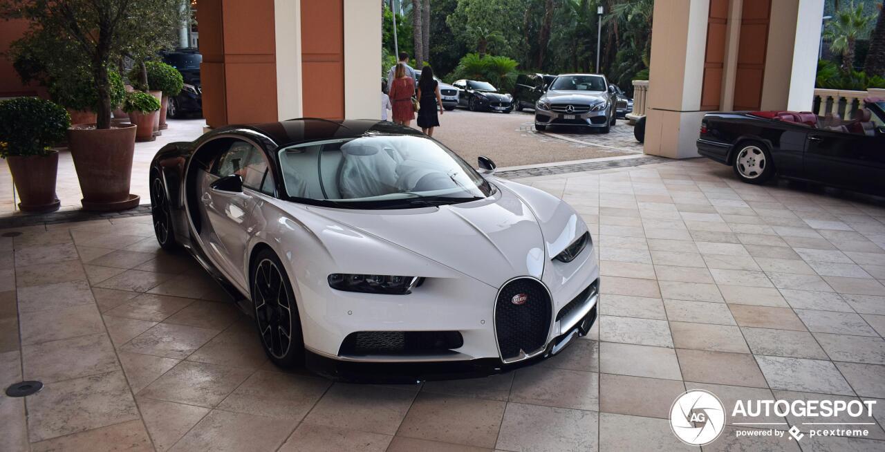 Bugatti Chiron heeft kleine schade