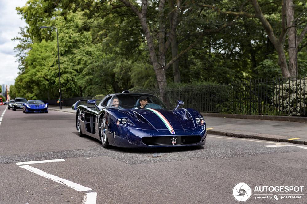 Hitte waarschuwing: Maserati MC12 in Londen