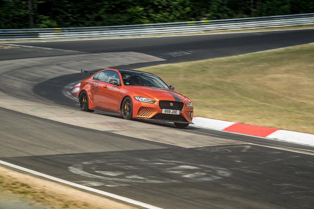 Jaguar XE SV Project 8 verbreekt eigen record op de Nürburgring