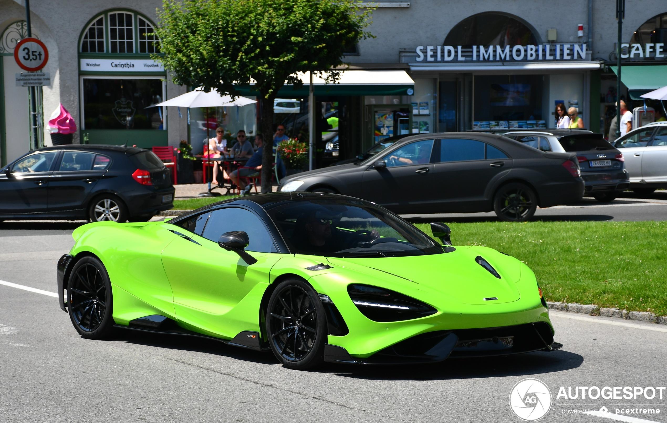 Gifgroene McLaren 765LT is een droomspecificatie