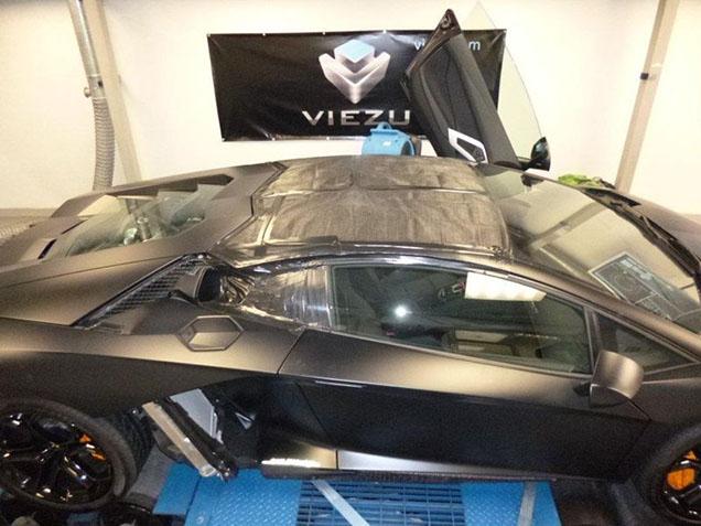 Is een zelfbouw Lamborghini Aventador LP700-4 Spider wel zo veilig?