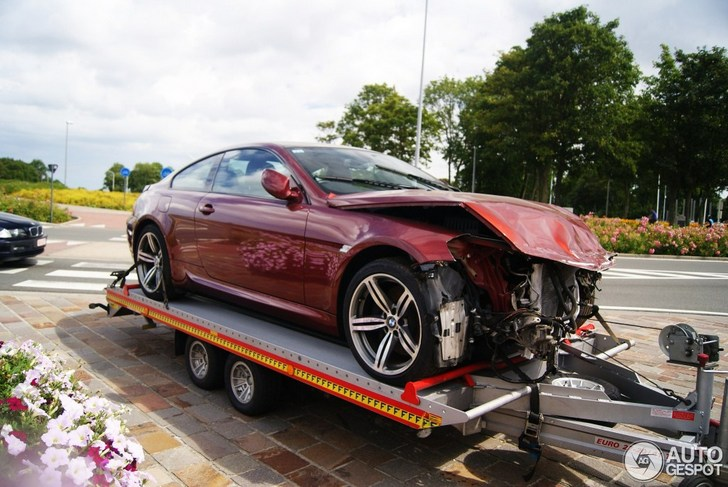 Beautiful Bordeaux Red Bmw M6 Is Heavily Damaged