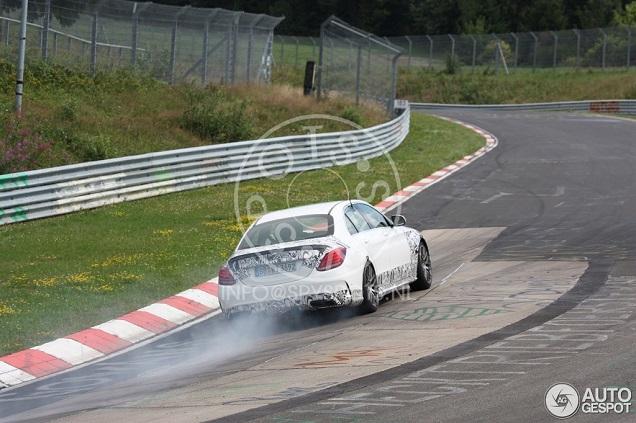 Spyshots: rokerige Mercedes-Benz C 63 AMG W205