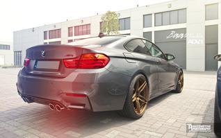 BMW M4 op ADV.1 Velgen