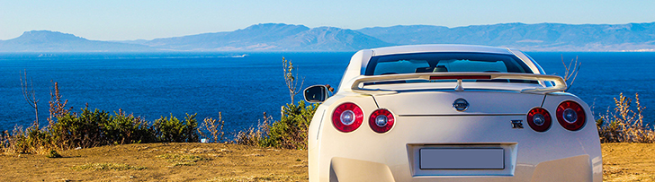 Photoshoot in Morocco with a Nissan GT-R