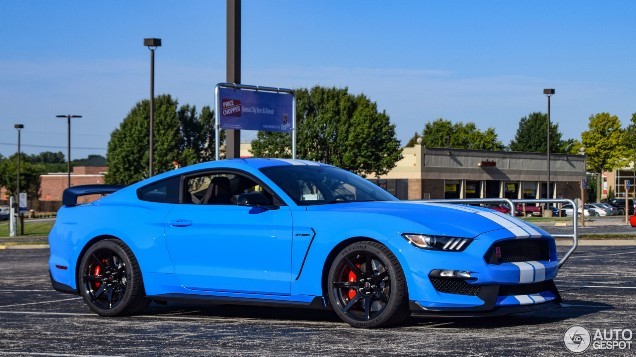 Best Battery for Ford Mustang Based on Driving Needs