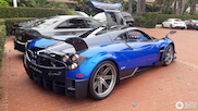 Pagani Huayra BC in blue is a HotWheels-fantasy