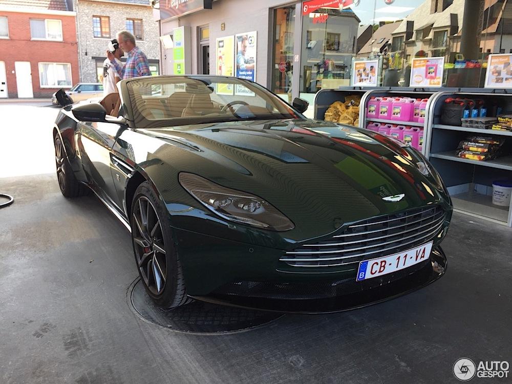 Aston Martin DB11 Volante gaat voor klassiek Brits