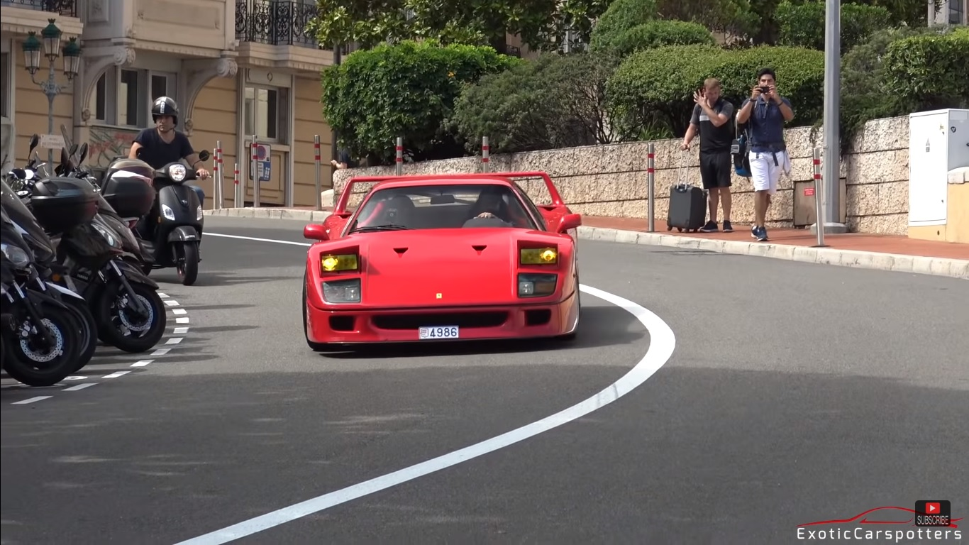 Video: Straight piped Ferrari F40 in Monaco