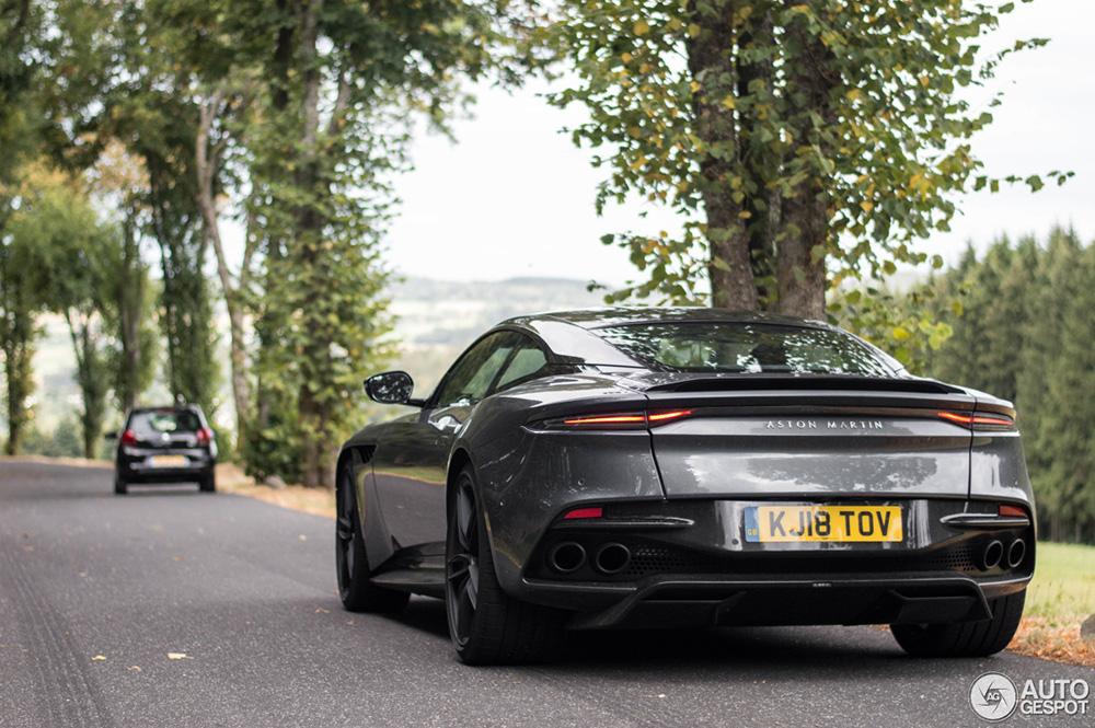 Aston Martin DBS Superleggera eindelijk volledig vastgelegd